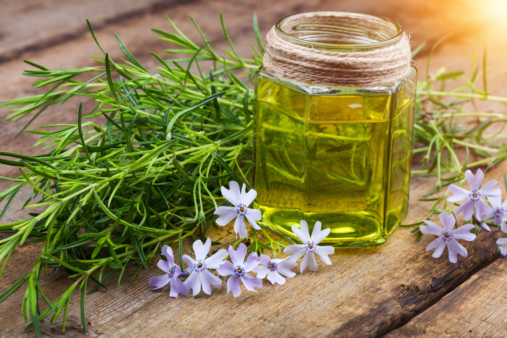 The Top Benefits of Hemp Oil for Chronic Conditions